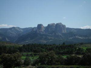 Roques Benet, Ports, Horta de Sant Joan