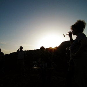 Tast de vi a la posta de sol al Priorat