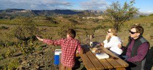 Ruta de cellers al Priorat, tast de vins de la DO Montsant i la DOQ Priorat. Experiència enogastronòmica.